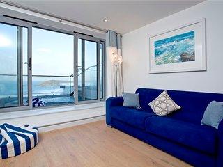 11, Crantock Bay Apartments, West Pentire, Crantock. - Crantock vacation rentals