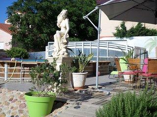 Appartement de charme proche de la mer - Sainte-Marie-la-Mer vacation rentals