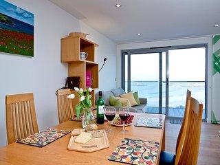 Crantock Bay Apartments, Crantock, Cornwall, No.14 - Crantock vacation rentals