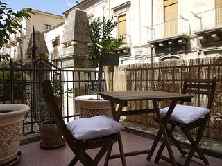Lovely 1 bedroom Calabernardo Apartment with Washing Machine - Calabernardo vacation rentals