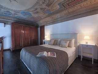 Palace Excell 5Bdr 5Bth Florence Newly restored with frescos ceilings, Parking - Florence vacation rentals