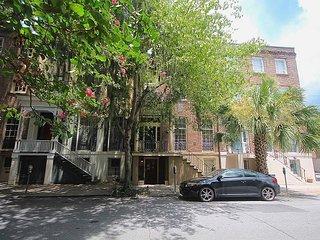 Historic 1BR Garden on Monterey Square with Exposed Brick & Hardwood Floors - Savannah vacation rentals