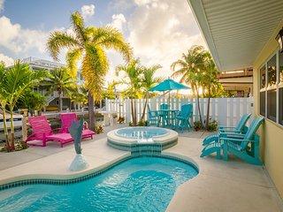 P10/11  ~ Stylish Abode Marathon ~ Alynn  4 BEDROOM 4 bathroom - Marathon vacation rentals