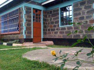 Gracious Court fully funished apartments , 200 mts to Lake nakuru national park. - Nakuru vacation rentals