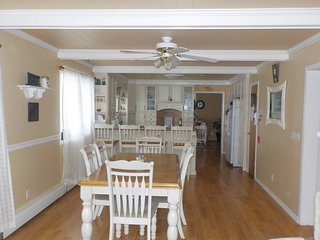 Spacious House with Deck and Internet Access - Leduc vacation rentals