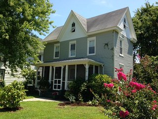 Joshua B. Jones Homeplace in Chincoteague - Chincoteague Island vacation rentals