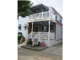 Beauty by the Sea-3 houses to the beach-2nd floor of main house - Wildwood vacation rentals
