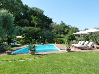 4 bedroom Villa with Internet Access in San Donato In Collina - San Donato In Collina vacation rentals