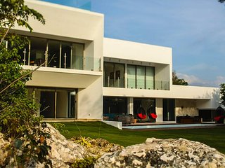 Nice Villa with Internet Access and Television - Chacalal vacation rentals