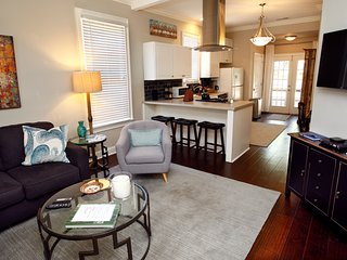 Charming Renovated MidTown Cottage - Memphis vacation rentals