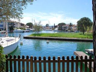 Charming 2 bedroom Villa in Port Grimaud - Port Grimaud vacation rentals