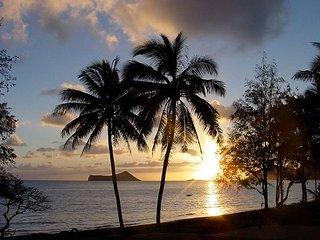 Waimanalo Beach Bungalow - Waimanalo vacation rentals