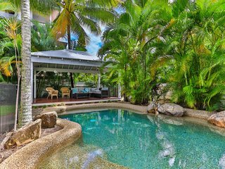 Perfect 4 bedroom House in Palm Cove - Palm Cove vacation rentals