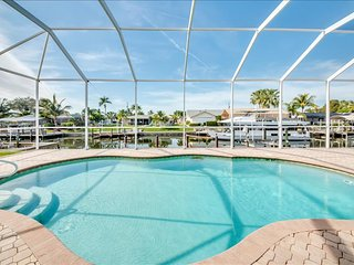 Villa Coral Sunset - The water, The Sun, The VIEW! - Cape Coral vacation rentals