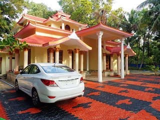 2 bedroom Bed and Breakfast with Internet Access in Mararikulam - Mararikulam vacation rentals