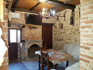 Perfect House with Internet Access and A/C - El Pedroso vacation rentals