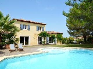 Perfect 5 bedroom Saint-Drezery Villa with Internet Access - Saint-Drezery vacation rentals