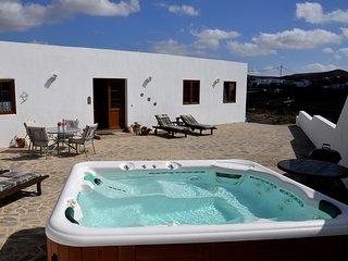 Casita Blanca Is A Delightful 2 Bed Roomed Detached Villa (sleeps 4) - Nazaret vacation rentals