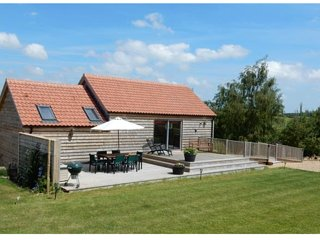 Cuckoo Barn Lodge - luxury (4 Star Gold) in a idyllic valley near Rutland Water - Exton vacation rentals
