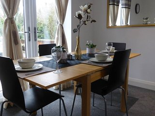 Bright House with Internet Access and Satellite Or Cable TV - Greenhithe vacation rentals