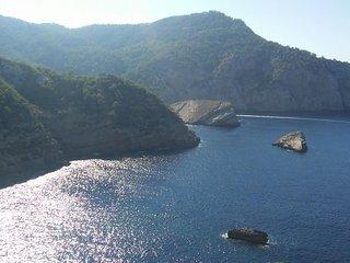 Impressive 7 Bedroomed Villa with Private Pool - 8 mins to Ibiza Town - San Rafael vacation rentals