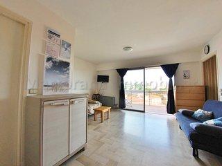 Spacieux T1 pour 6 personnes avec Wi-Fi, terrasse et garage à 260m de la plage - Juan-les-Pins vacation rentals