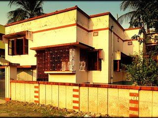 Nice 2 bedroom Kolkata (Calcutta) House with Housekeeping Included - Kolkata (Calcutta) vacation rentals