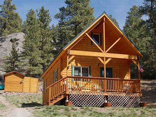 Pristine Cabin minutes from Craig, Cascade... Fish or just Relax - Craig vacation rentals