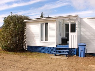 Cottage only 500m from the Mont Grand-Fonds Ski Hills in La Malbaie, Charlevoix! - La Malbaie vacation rentals