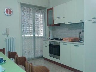 CASA VACANZA 8 POSTI LETTO 100 METRI DAL MARE - Gallipoli vacation rentals