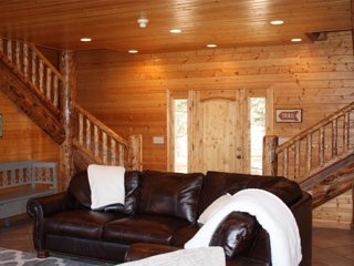 Beautiful Log Home Located on Doorstep of Zion National Park - Mount Carmel vacation rentals