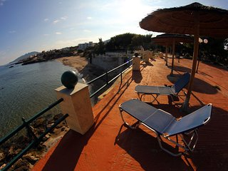 Silis Mansion Beach Life, 10 min from Athens airport - Artemida vacation rentals