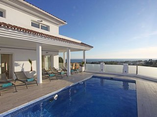 Relax Villa Panorama View Roof Terrace Heated Pool - Elviria vacation rentals