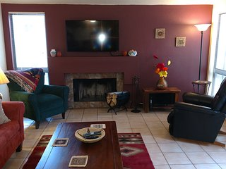 Large Two Bedroom, Fireplace, King Bed, Pool - Tucson vacation rentals