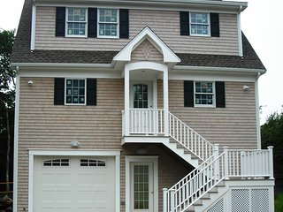 2 bedroom House with Deck in Fairhaven - Fairhaven vacation rentals