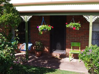 Tranquility in the Victorian Goldfields - Bendigo vacation rentals