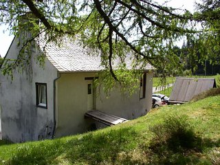 Perfect 4 bedroom House in Saint-Genes-Champespe - Saint-Genes-Champespe vacation rentals