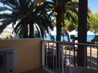 One bedroom seaview apartment with furnished balcony in Roquebrune-Cap-Martin - Roquebrune-Cap-Martin vacation rentals