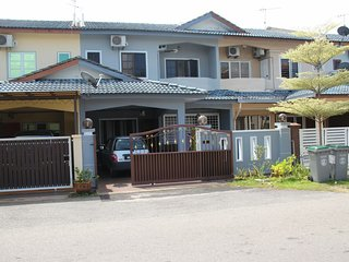 Food Tourism House - Guest Room - Melaka vacation rentals