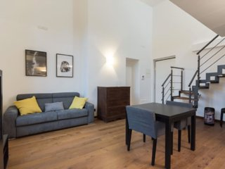 Bright 1 bedroom Apartment in Turin with Internet Access - Turin vacation rentals