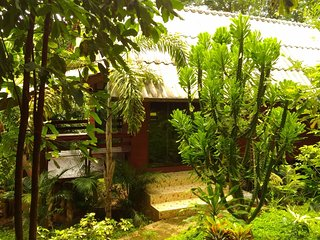 Mae Win Guest House & Resort - Mae Wang vacation rentals