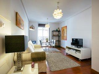 AMALUR apartment - PEOPLE RENTALS - San Sebastian - Donostia vacation rentals