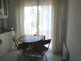 Cosy Studio Apartment - Cap-d'Agde vacation rentals