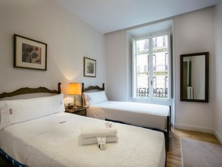 DOLCE VITA apartment - PEOPLE RENTALS - San Sebastian - Donostia vacation rentals
