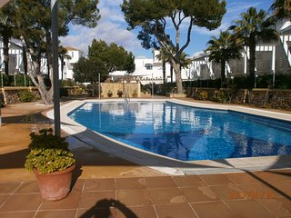 Beautiful Ground Floor apartment with heated pool - Cala d'Or vacation rentals