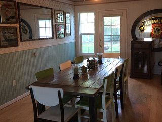 Relaxing Suburban Home with Large Yard - Medford vacation rentals