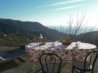 2 bedroom Condo with Internet Access in Moneglia - Moneglia vacation rentals