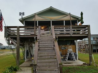 Nice House with Deck and Television - Sargent vacation rentals