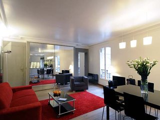Montmartre charming apartment with extraordinary view - Paris vacation rentals