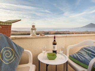 Cozy 2 bedroom Condo in Moledo - Moledo vacation rentals